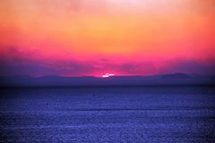 Solnedgång på den Sorrento kusten arkivbilder