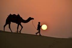 Solnedgång på den Thar öknen Royaltyfri Fotografi