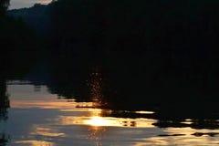 Solnedgång på den TrămÅŸani armen 1 Royaltyfri Foto