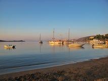 Solnedgång på det Aegean havet Royaltyfri Fotografi