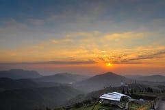 Solnedgång på det Kho berget, Thailand Fotografering för Bildbyråer