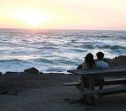 Solnedgång på det Stillahavs- royaltyfria bilder