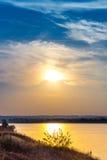 Solnedgång på Dnieperen Fotografering för Bildbyråer