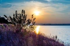 Solnedgång på Dnieperen Royaltyfri Bild