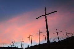 Solnedgång på El Bosc de les Creus & x28; Skogen av Crosses&en x29; Fotografering för Bildbyråer