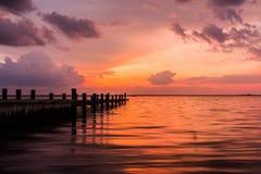 Solnedgång på fjärden Royaltyfria Foton