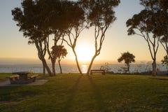 Solnedgång på fjärdframdelen Arkivbild