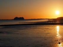 Solnedgång på floden elbe Royaltyfri Bild
