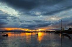 Solnedgång på framåt Arkivfoton