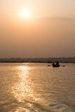 Solnedgång på Gangesen Arkivbild