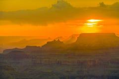 Solnedgång på Grandet Canyon som ses från Royaltyfri Fotografi