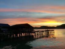 Solnedgång på havet royaltyfri bild