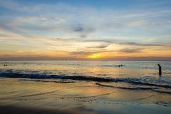 Solnedgång på havet på Phuket Royaltyfria Bilder
