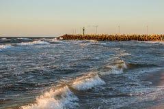 Solnedgång på havskusten, Fotografering för Bildbyråer