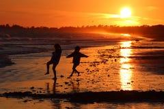 Solnedgång på Ile de re Frankrike Royaltyfri Bild