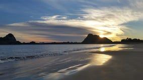 Solnedgång på Isla de la Piedra Arkivfoto
