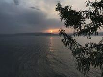 Solnedgång på Kepez arkivfoto