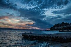 Solnedgång på kusten Royaltyfri Foto
