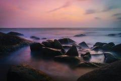 Solnedgång på kusten av Thailand Fotografering för Bildbyråer