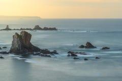 Solnedgång på kusten 2 royaltyfria foton