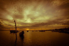 Solnedgång på lagun Arkivfoto