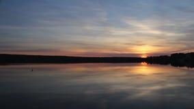 Solnedgång på laken arkivfilmer