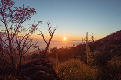 Solnedgång på Maunaen Kea Arkivfoton