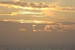 Solnedgång på medelhavet Arkivfoton