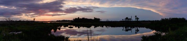 Solnedgång på Merritt Island National Wildlife Refuge, Florida Arkivbild