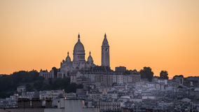Solnedgång på montmartre Arkivfoto