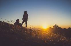 Solnedgång på Nat Ma Taung Mt Victoria Chin State Myanmar arkivbilder