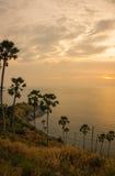 Solnedgång på Nay Harn, Phuket, Thailand royaltyfri fotografi
