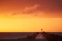 solnedgång på Nr Vorupoer på Nordsjönkusten i Danmark Arkivfoto