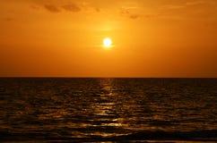 Solnedgång på nyckel- Largo Florida Arkivfoto