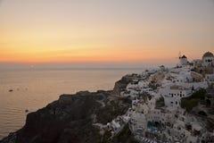 Solnedgång på Oia Santorini Royaltyfri Foto