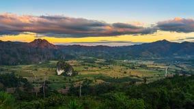 Solnedgång på Phu Langa Royaltyfria Foton