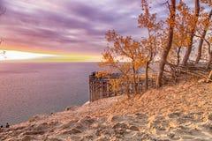 Solnedgång på Pierce Stocking sceniskt drev i traversstad Royaltyfri Bild