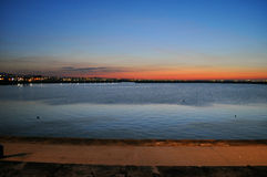 Solnedgång på pirdunlaonghairen Arkivbild