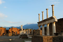 Solnedgång på Pompeii Arkivbild