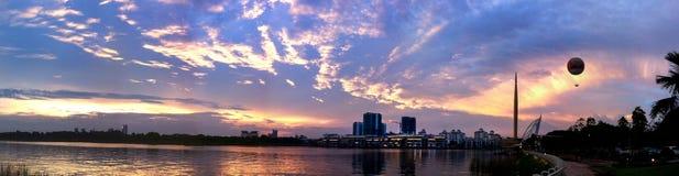 Solnedgång på Putrajaya, Malaysia Royaltyfria Bilder