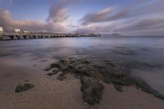 Solnedgång på Sanya Bay royaltyfri bild