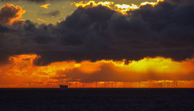 Solnedgång på se Arkivfoton