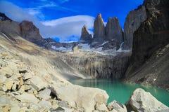 Solnedgång på sjön Pehoe, Torres Del Paine, Patagonia, Chile royaltyfri foto