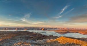 Solnedgång på sjön Powell (AZ) Fotografering för Bildbyråer