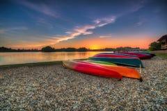 Solnedgång på sjöPutrajaya våtmark, Malaysia Royaltyfria Bilder