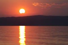 Solnedgång på sommar Royaltyfria Foton