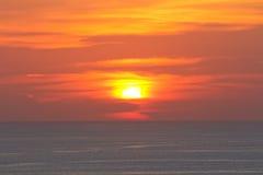 Solnedgång på synvinkeln av Phuket Thailand Arkivfoton