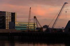 Solnedgång på Thames River Royaltyfri Fotografi