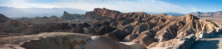 Solnedgång på Zabriskie punkt i Death Valley Royaltyfri Bild