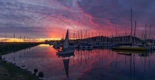 Solnedgång Santa Barbara Harbor Arkivfoto